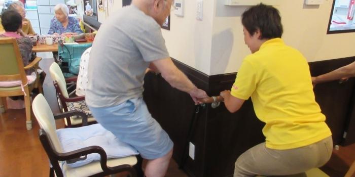 ご家族様・ケアマネージャー様へ:下肢筋力体操 ほがらか